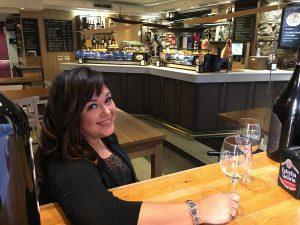 Stephanie Piché wine class